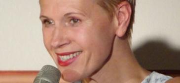 Hildegarde WANZLAWE (chant)